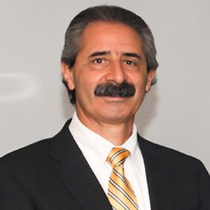 Dr. Alberto D' Auria