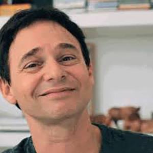 Dr. Jairo Bouer